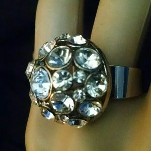 Beautiful custer rhinestone ring